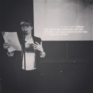 An image of me talking at Videobrains, hannah nicklin, videobrains, games, performance, writing